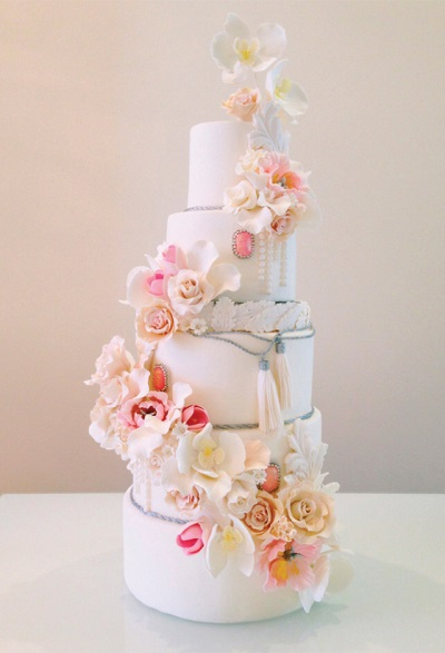 2-couture-wedding-cake-by-ConnieCupcake-Luxury-Cakes